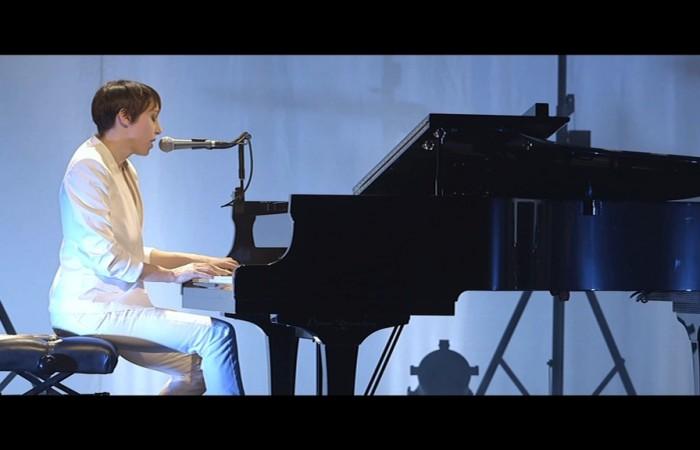 Jeanne Cherhal en concert – Histoire(s) de J.