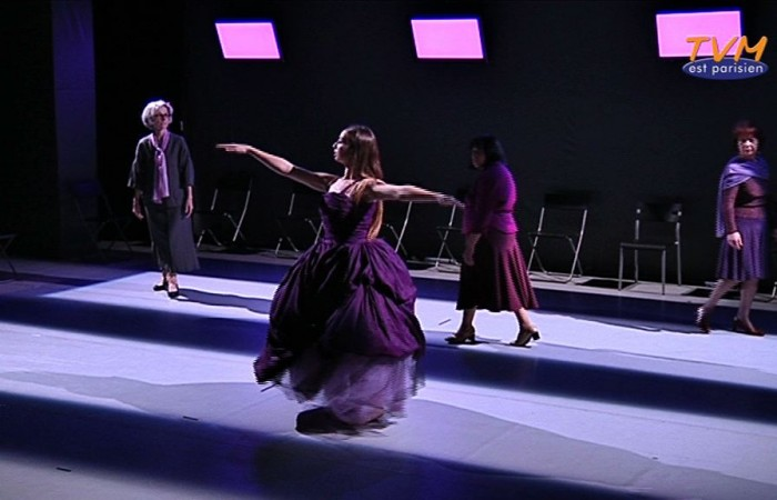 La chorégraphe Karine Saporta invite les Babayagas sur scène